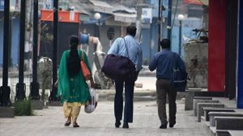 Migrant workers stuck in IOJ&K due to COVID-19