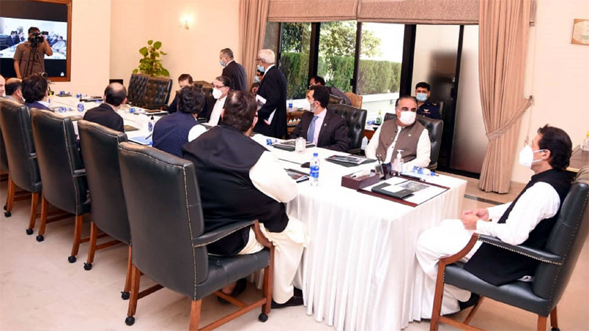 Govt to remove hurdles in way of business activities: PM